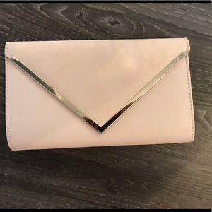 Enevelop clutch with chain! Brand new